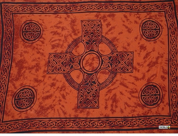 "Celtic Mens Sarong ""Celtic Cross 2"" Burnt Orange"