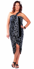 "Plus Size Abstract Floral Sarong Fringeless ""Ebony and Ivory"" Black and White"