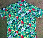 149 Hawaiian shirt  Green parrots, L