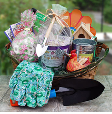 Gardening Treat Gift Basket - FREE SHIPPING