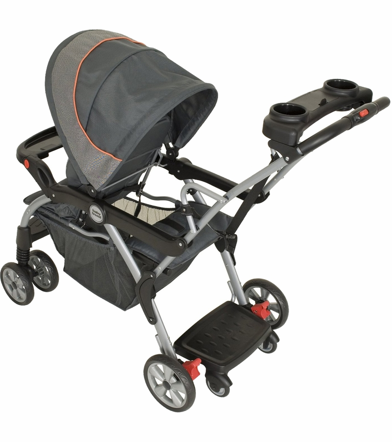 Buy Nuna PIPA Infant Car Seat - Caviar - The ultimate safe haven. Style and safety should never have to be sacrificed. Thanks to the clever and fashionable PIPA infant car seat, both of these essentials are combined, providing the utmost comfort and protection for baby. PIPA flaunts a sleekly styled and revolutionary dream.