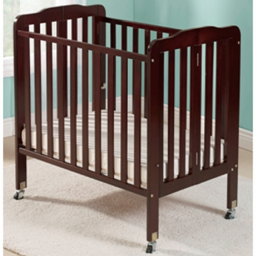 Big Oshi Angela Portable Crib in Espresso