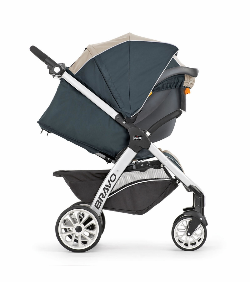 Chicco 2016 Bravo Trio Travel System - Rainfall