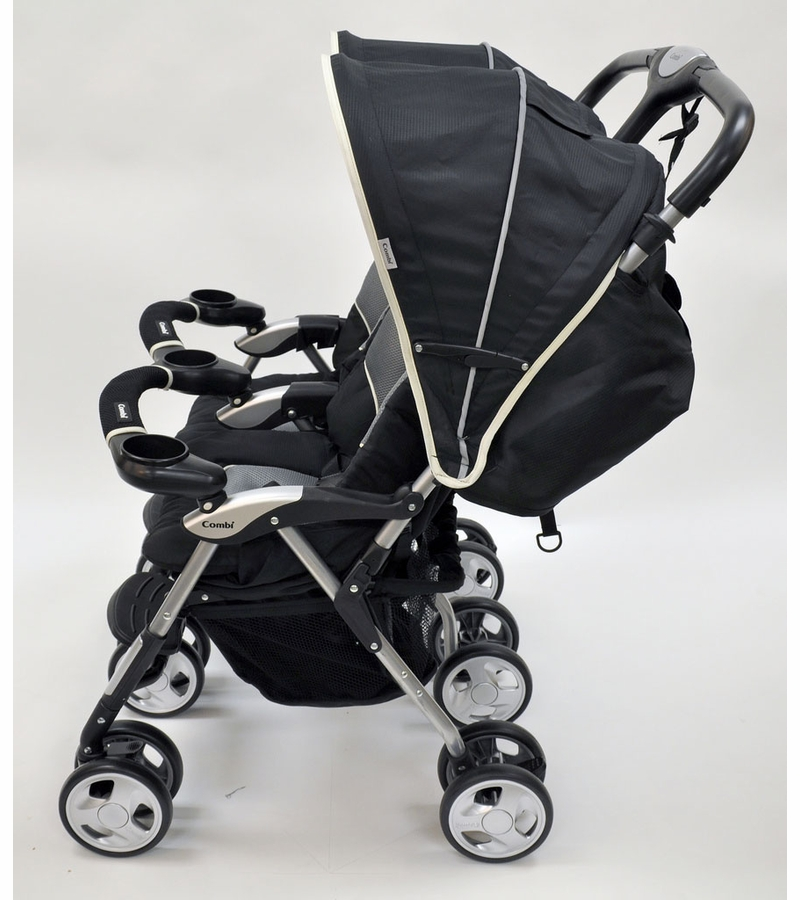 how to close a combi stroller