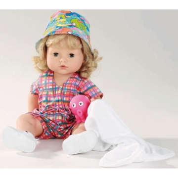 "Gotz 16.5"" Maxy Aquini Doll with Beach Set - Blonde Hair"