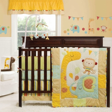Graco Jungle Friends 4 Piece Crib Bedding Set by KidsLine