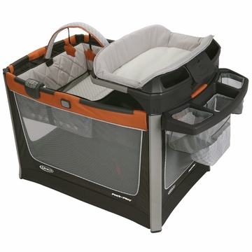 Graco Pack 'n Play Playard Smart Stations - Tangerine