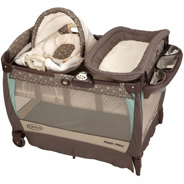 Graco Pack 'n Play Playard with Cuddle Cove Rocking Seat - Capri