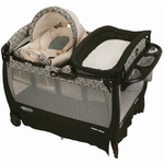 Graco Pack 'n Play Playard with Cuddle Cove Rocking Seat - Rittenhouse