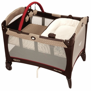 Graco Pack 'n Play Playard with Reversible Napper & Changer - Starburst
