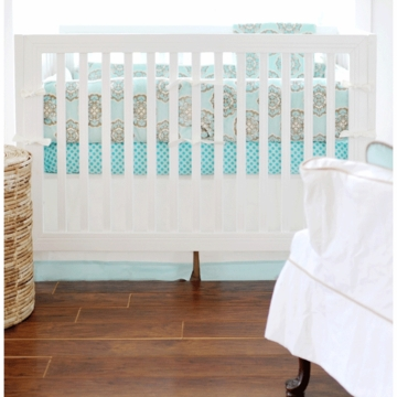 New Arrivals Ocean Avenue 4 Piece Crib Bedding Set