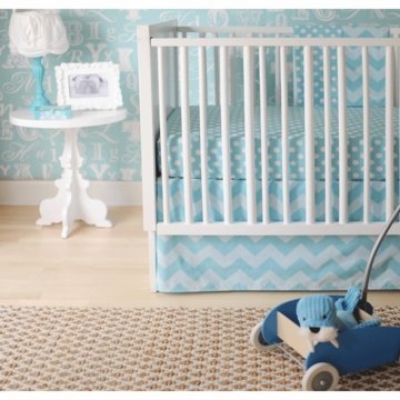 New Arrivals Zig Zag Aqua 2 Piece Baby Crib Bedding Set