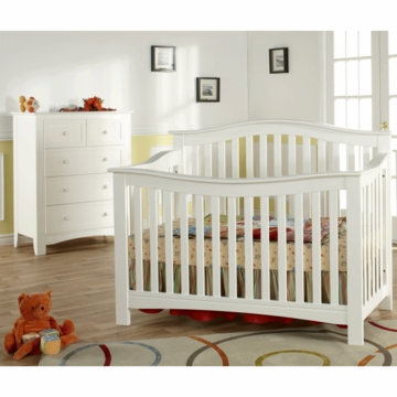 Pali Bolzano 2 Piece Nursery Set in White - Crib & 5 Drawer Dresser
