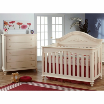 Pali Gardena 2 Piece Nursery Set in Dream - Forever Crib & 5 Drawer Dresser