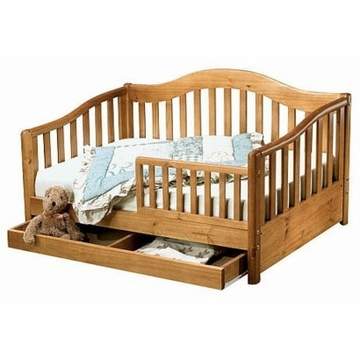 Sorelle Grande Pine Toddler Bed in Oak on Pine