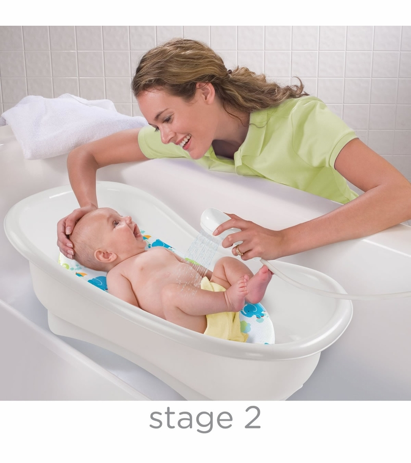 Baby Born Bathtub: Summer Infant Newborn-to-Toddler Bath Center & Shower