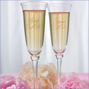 Bride & Groom Etched Flutes