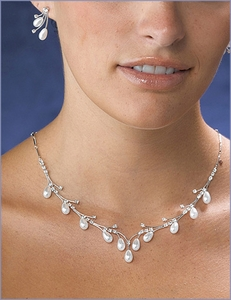 Pearl Drop Necklace & Earring Set