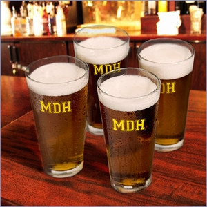 Personalized Set of 4 Collegiate Icon Pint Glasses