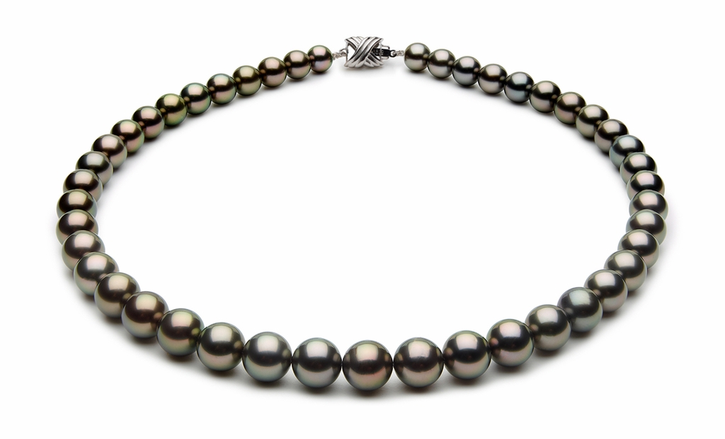 8.1 x 9.9mm Black Tahitian Pearl Necklace Peacock Color