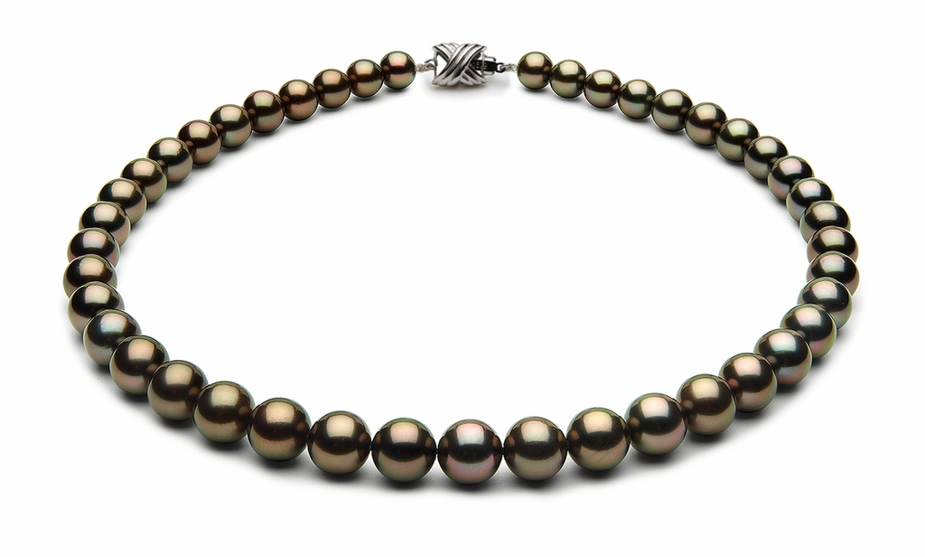 8.5 x 9.9mm Black Tahitian Pearl Necklace Eggplant Bodycolor