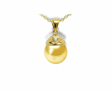 Aladdin a Golden South Sea Pendant