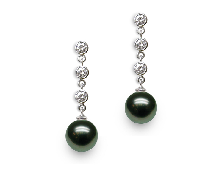 Black Tahitian Pearl and 3 Diamond Drop