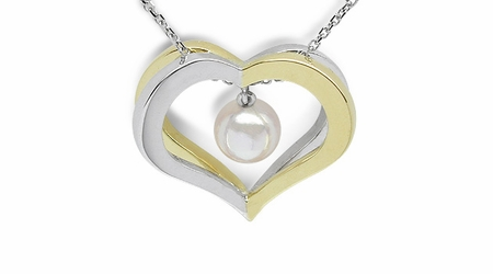 Capture My Heart Pendant in Japanese Akoya Cultured Pearl