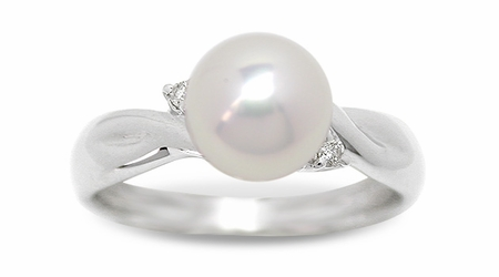 Casse a Japanese Akoya Culture Pearl Ring
