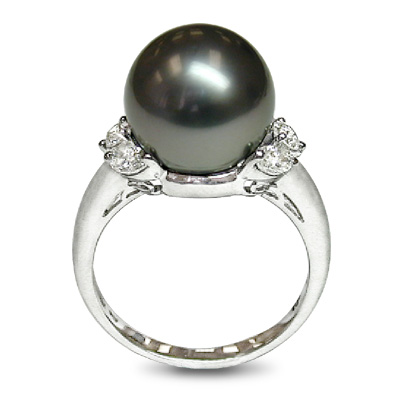 Cleopatra Black Tahitian Cultured Pearl Ring