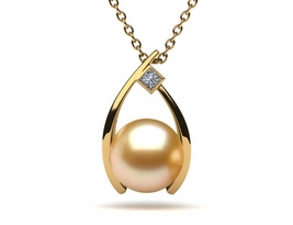 golden-pearl-pendant-wish-style