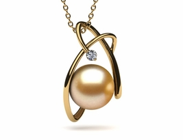 Golden Spiral Pearl Pendant