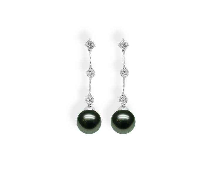 Gredal a Black Tahitian Cultured Pearl Earring
