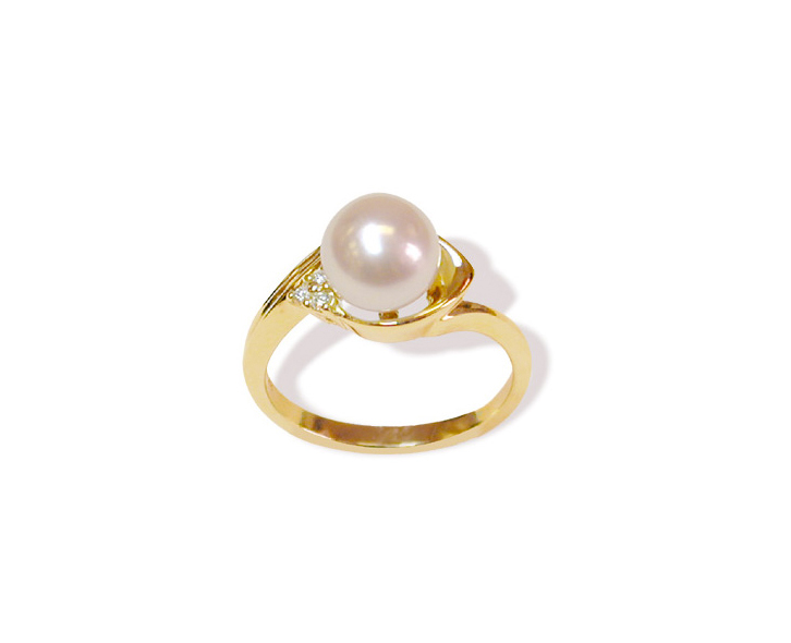 Ionic a Japanese Akoya Cultured Pearl Ring