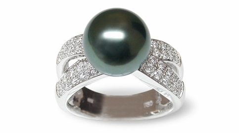 Joyce a Black Tahitian South Sea Cultured Pearl Ring