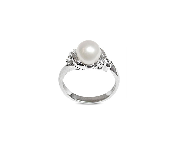 Lilac a Japanese Akoya Cultured Pearl Ring