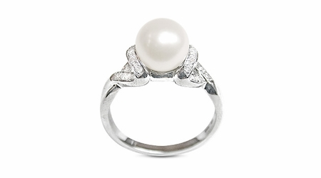 Melite a Japanese Akoya Cultured Pearl Ring