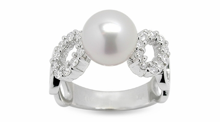 Ohm a Japanese Akoya Cultured Pearl Ring
