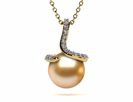 pearl-pendant-golden-pearl-spiral-style