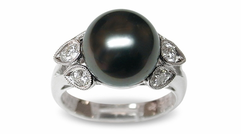 Radella a Black Tahitian South Sea Pearl Ring