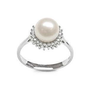 White Sunflower a Japanese Akoya Cultured Pearl Ring