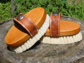Legends White Tampico Small Western Style Strap Back Oval Body Brush