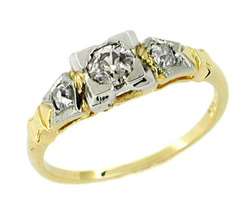 Art Deco Diamond Engagement Ring in 14 Karat Gold | Frederique