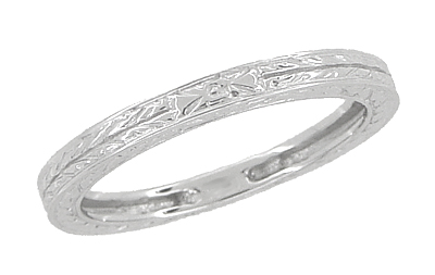 Antique Style Art Deco Engraved 2mm Wide Wheat Wedding Band Ring in 18 Karat White Gold