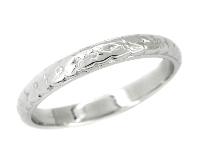 Antique Style Art Deco Wedding Flowers Band in 14 Karat White Gold