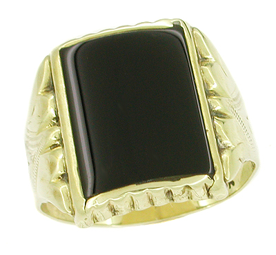 Antique Victorian Onyx Ring in 10 Karat Gold
