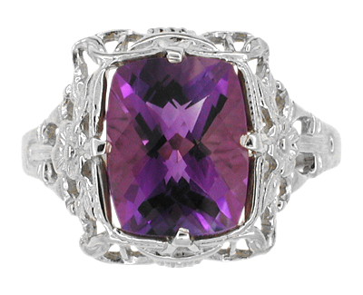 Art Deco Amethyst Filigree Ring in 14 Karat White Gold
