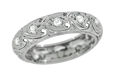 Art Deco Diamond Antique Wedding Band in Platinum - Size 6