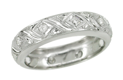 Art Deco Diamond Geometric Pattern Antique Wedding Band in Platinum - Size 6