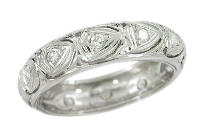 Art Deco Diamond Hearts Antique Wedding Band in Platinum - Size 5 1/2 | Stepney Estate Band
